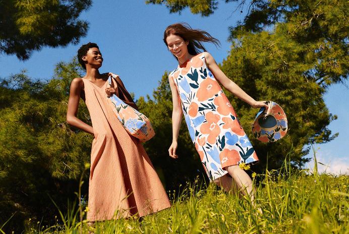 Những yếu tố khiến loạt váy hoa xinh yêu từ UNIQLO X Marimekko được lăng xê nhiệt tình