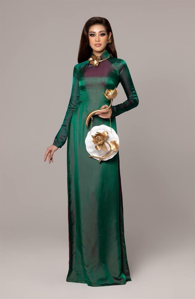 Khánh Vân diện áo dài đọ sắc 'một 9 một 10' cùng thí sinh Trung Quốc