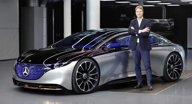 Mercedes-Benz đẩy mạnh làm xe điện khiến nhiều người đứng trước nguy cơ mất việc