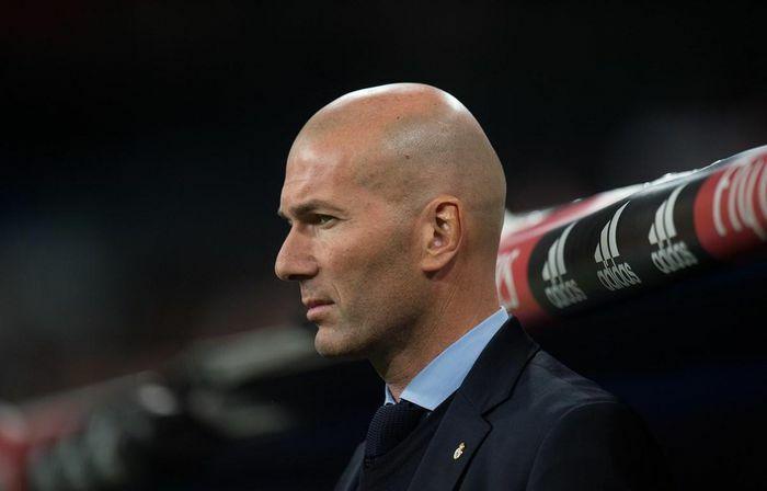 """HLV Zinedine Zidane: Real Madrid sẽ """"chiến đấu đến cùng"""""""