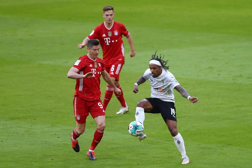 Bayern Munich 6-0 M'gladbach: Đại tiệc mừng Đĩa bạc