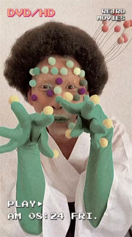 Chán giả gái, Hải Triều hóa trang thành virus Corona