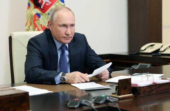 Tự tin năng lực răn đe hạt nhân tiên tiến nhất thế giới, Tổng thống Putin cảnh báo cứng rắn tới những kẻ nhòm ngó Nga