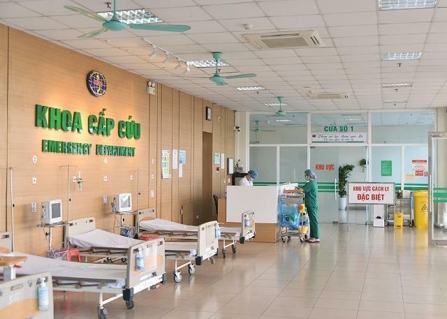 Bác sĩ mắc COVID-19, BV Bệnh Nhiệt đới T.Ư ngừng khám, cách ly toàn bộ nhân viên