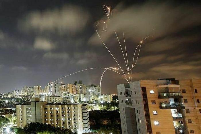 Israel tố Hamas bắn 2.900 tên lửa về phía mình