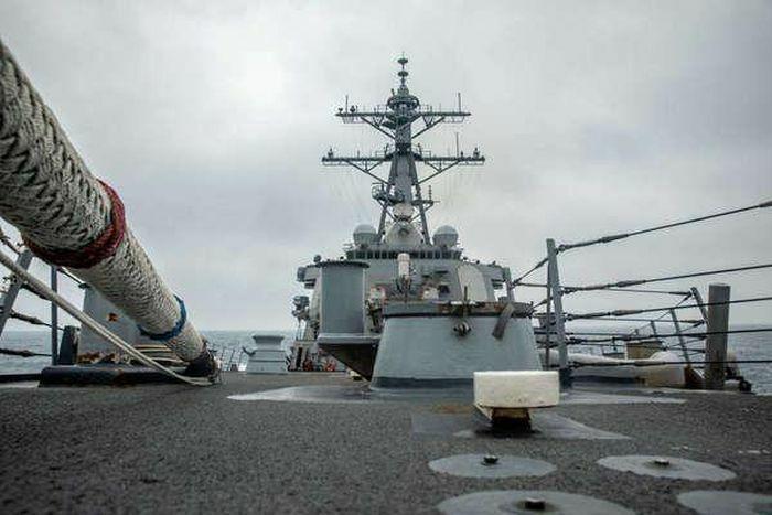 """Trung Quốc tố Mỹ """"đe dọa an ninh"""" khi đưa tàu chiến qua eo biển Đài Loan"""