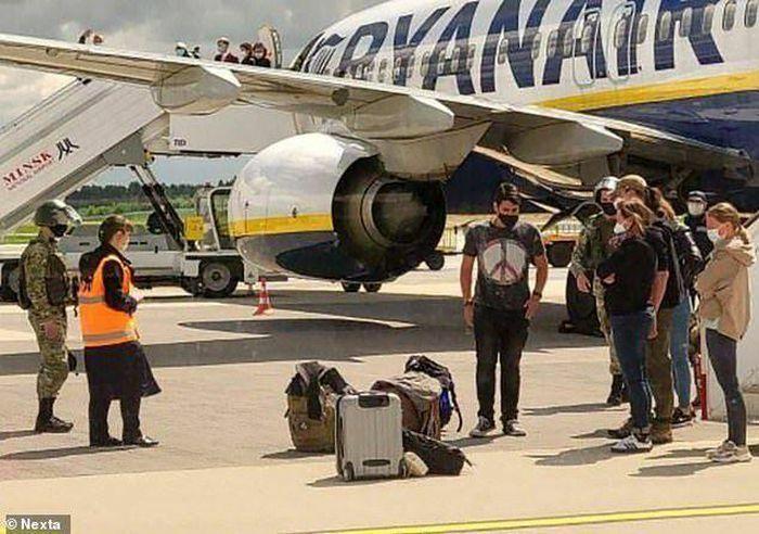 """Cảnh sát Litva mở điều tra theo hướng """"cướp máy bay của hãng Ryanair"""""""