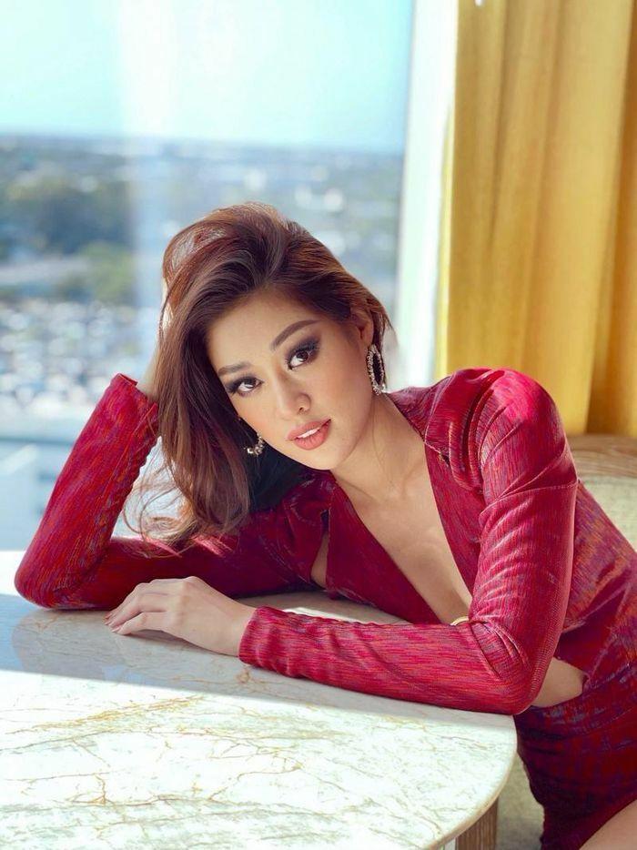 Miss Universe: Hình thể chuẩn như Hoa hậu Khánh Vân mới dám diện thiết kế cực hiểm hóc này