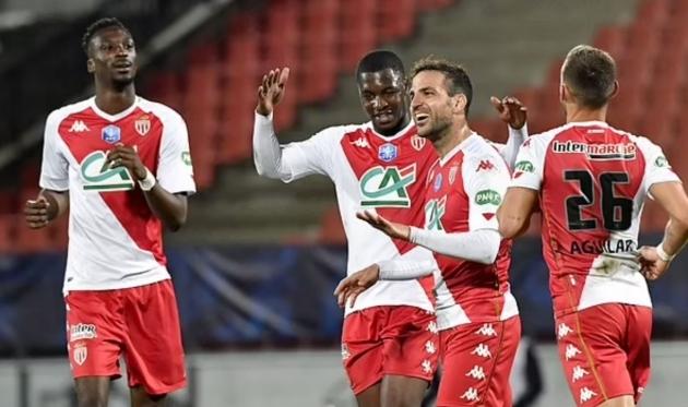 """Fabregas """"vẽ cầu vồng"""", Monaco hẹn PSG đại chiến chung kết cúp QG Pháp"""