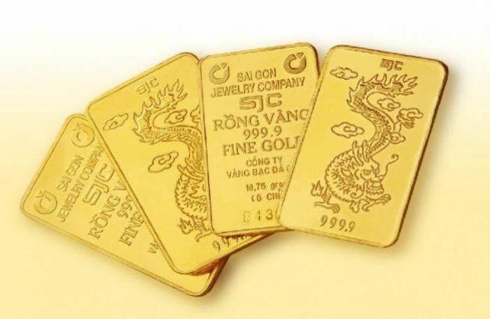 Giá vàng trong nước và thế giới cùng tăng, hướng về đỉnh mới