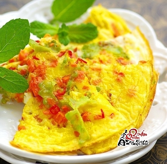 Đủ sắc màu cùng món trứng chiên rau củ mới lạ