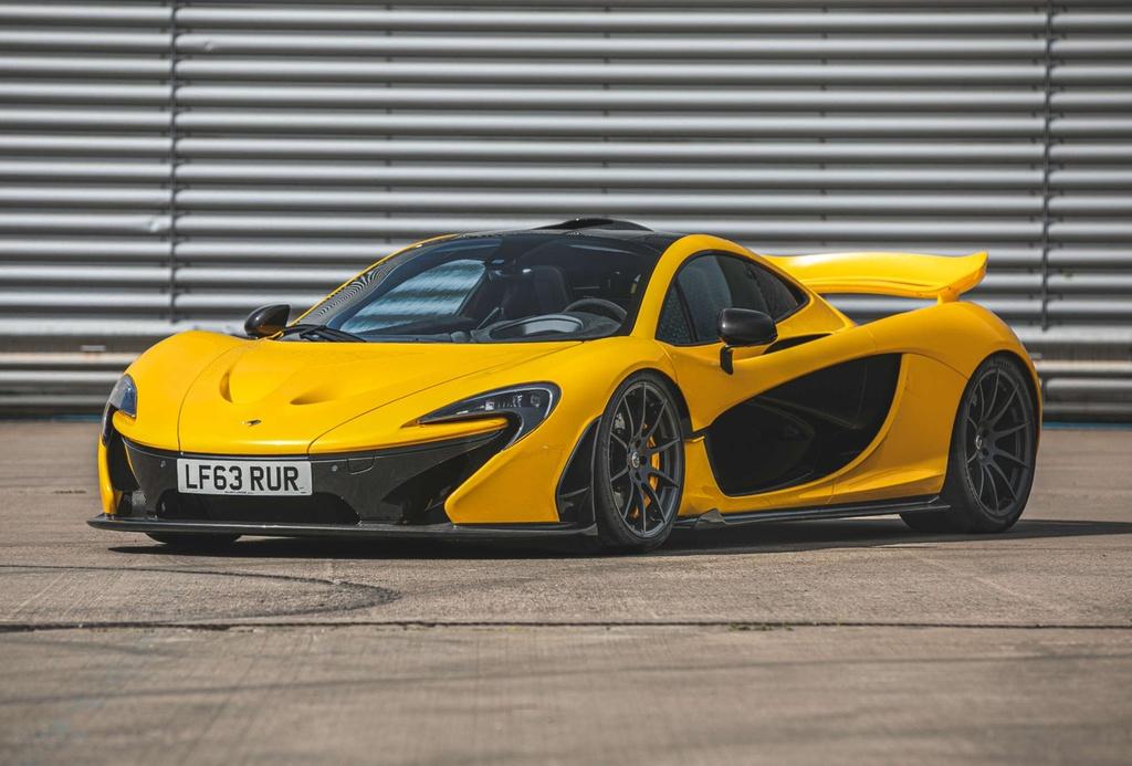 Chiếc McLaren P1 đầu tiên ra biển số vẫn chưa có chủ mới