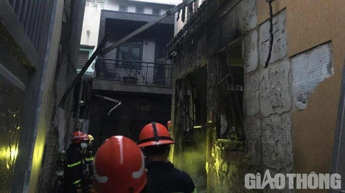 Cháy nhà ở Sài Gòn làm 8 người tử vong, có 4 trẻ em, 1 cô giáo