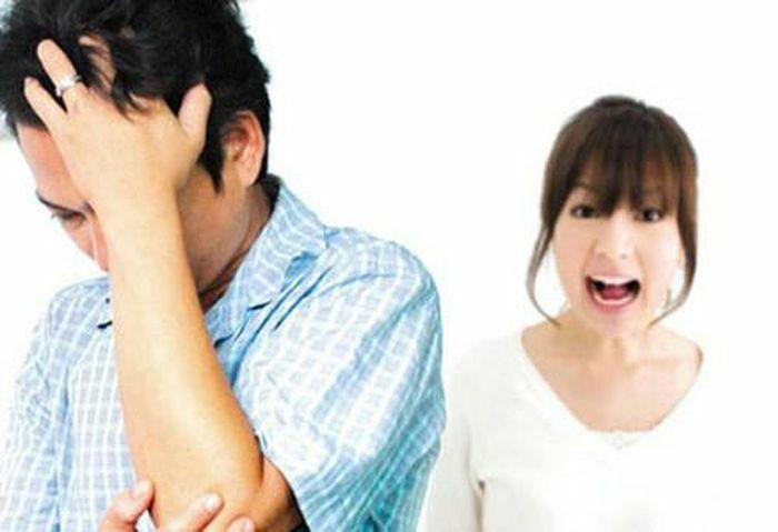 """Mẫu đàn ông khiến vợ trở nên """"xấu toàn tập"""""""