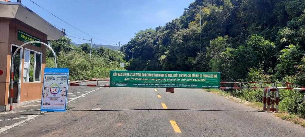 Đà Nẵng ngày đầu cấm tắm biển: Người dân quen với giãn cách, chấp hành tốt