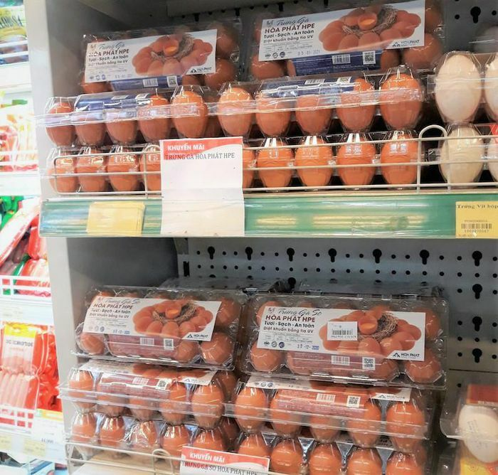 """Trứng gà Hòa Phát """"đổ bộ"""" vào loạt siêu thị"""