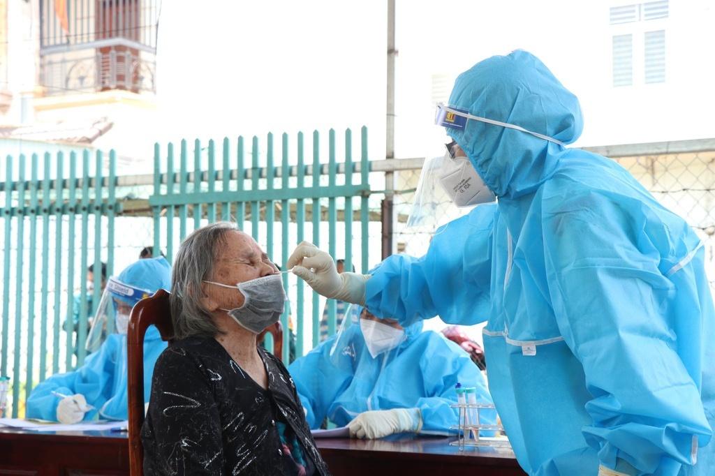 Đắk Lắk: Bạn trai của bệnh nhân 3237 dương tính với Covid-19