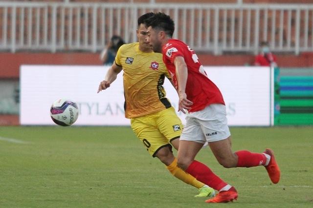 Lee Nguyễn tranh Vua phá lưới V-League với Công Phượng, Văn Toàn