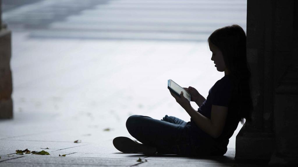 Hành động chống nạn lạm dụng tình dục trẻ em trên mạng