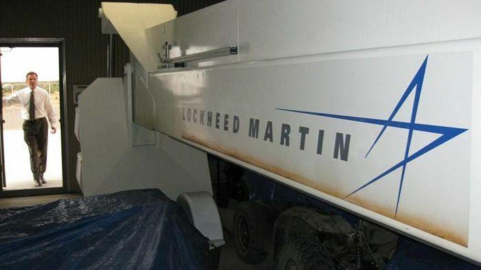 Lockheed Martin bí mật mua, nghiên cứu mảnh vỡ UFO?