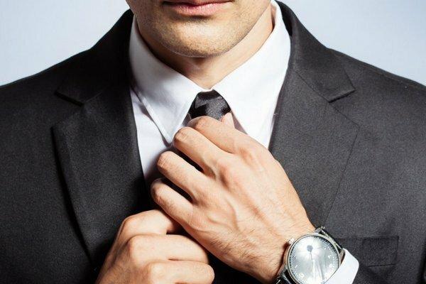 10 hành động vô thức 'lột trần' đàn ông yêu thật lòng hay giả dối