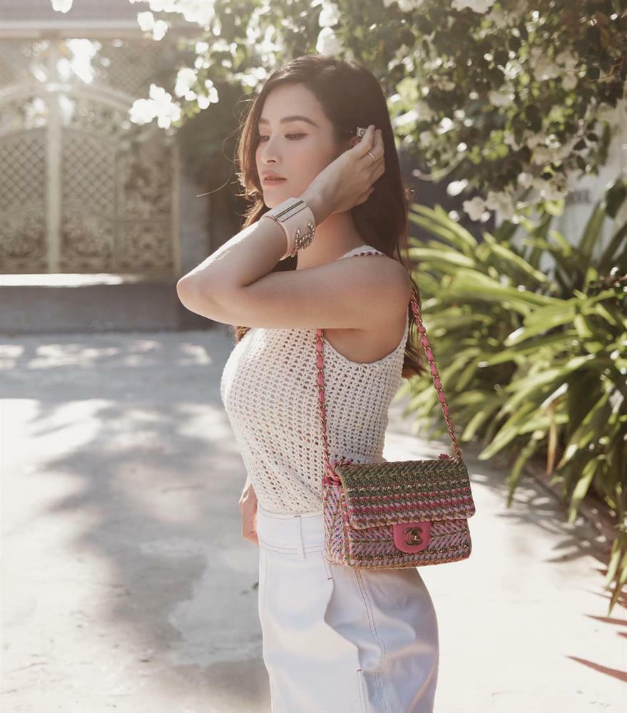 Bí kíp phối đồ len móc mát rượi ngày hè như Đông Nhi, Hà Tăng
