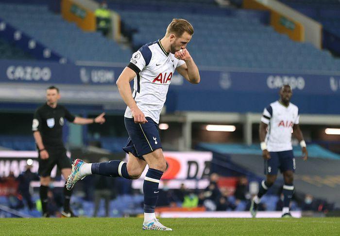 MU cần Kane hơn Man City