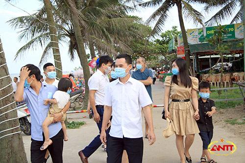 Nghệ An: Người dân trở lại TP Vinh sau kỳ nghỉ lễ phải khai báo y tế bắt buộc