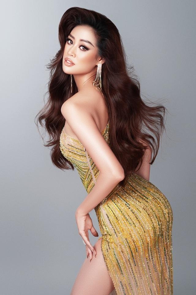 Khánh Vân tiết lộ trang phục dạ hội cho các đêm thi quan trọng