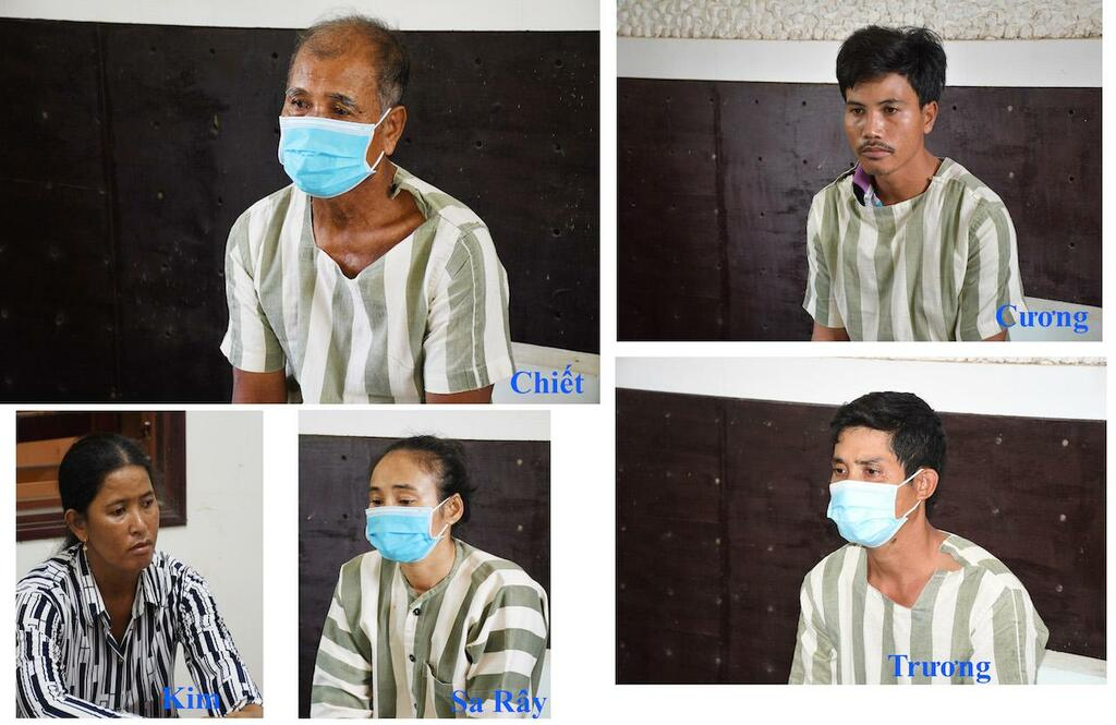 Tấn công 4 cán bộ công an, cha và 4 người con bị khởi tố