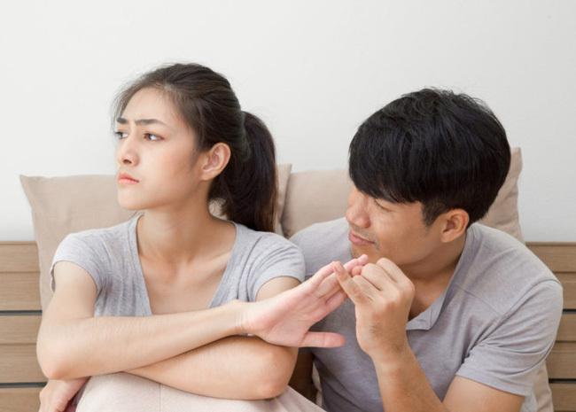 """Ngôn từ của phụ nữ có thể là """"quả bom nổ chậm"""" trong hôn nhân"""": Muốn tránh tai hoạ cần nhớ 5 điều sau"""
