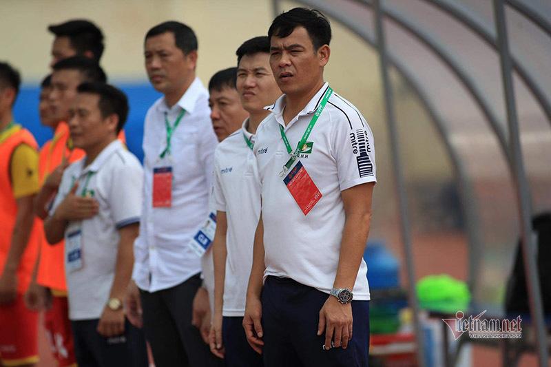 Hoãn vòng 13 V-League vì tình hình phức tạp Covid-19