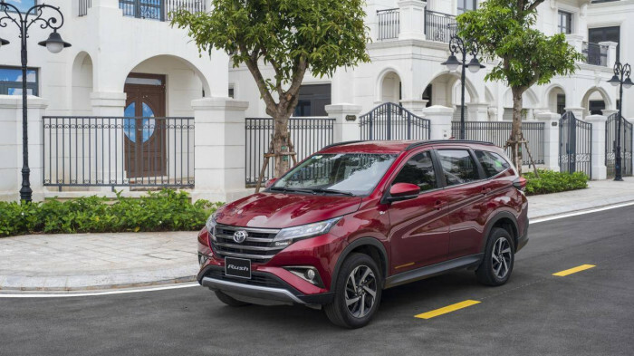 Toyota Rush vươn lên vị trí thứ 2 doanh số phân khúc xe 7 chỗ giá rẻ