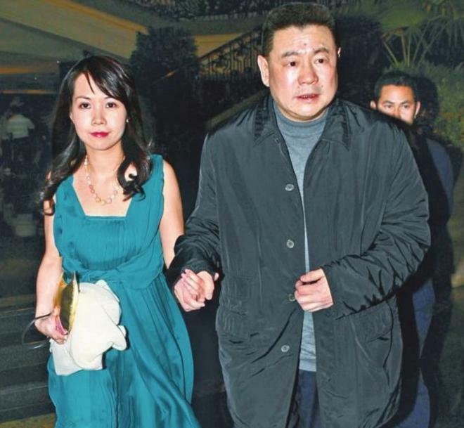 Hậu chia tay, bà mẹ 2 con lột xác trở thành đại gia sở hữu nghìn tỷ đồng - ảnh 1