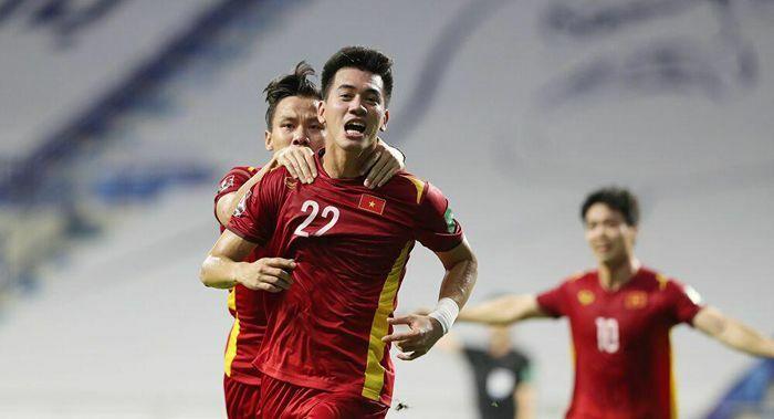 Thắng Malaysia, tuyển Việt Nam được thưởng ''khủng'' - ảnh 1