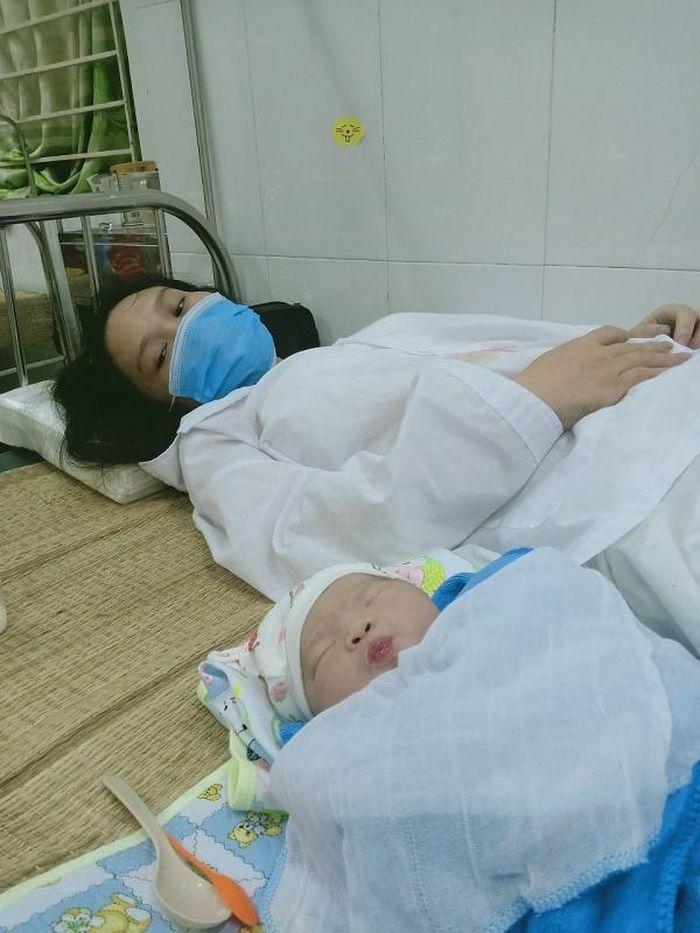Giúp sản phụ trong khu cách ly ở Bắc Giang đi sinh lúc nửa đêm - ảnh 1