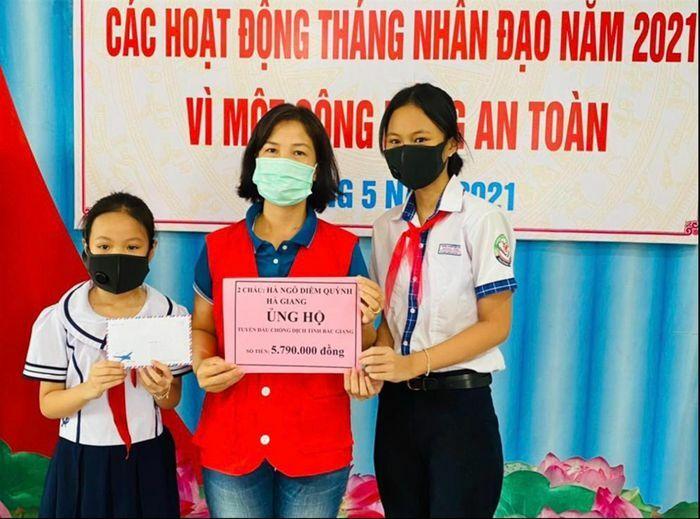 Dành học bổng đóng góp cho quỹ vắc-xin - ảnh 1