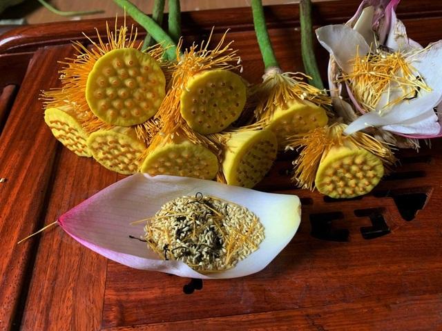 Trà ướp sen ''chát trước ngọt sau'' giá 10 triệu đồng/kg - ảnh 1