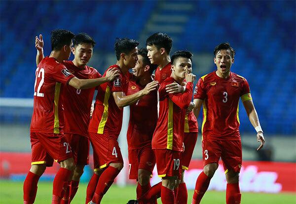 Fan Indonesia: 'Việt Nam đá như Nhật Bản, Hàn Quốc' - ảnh 1