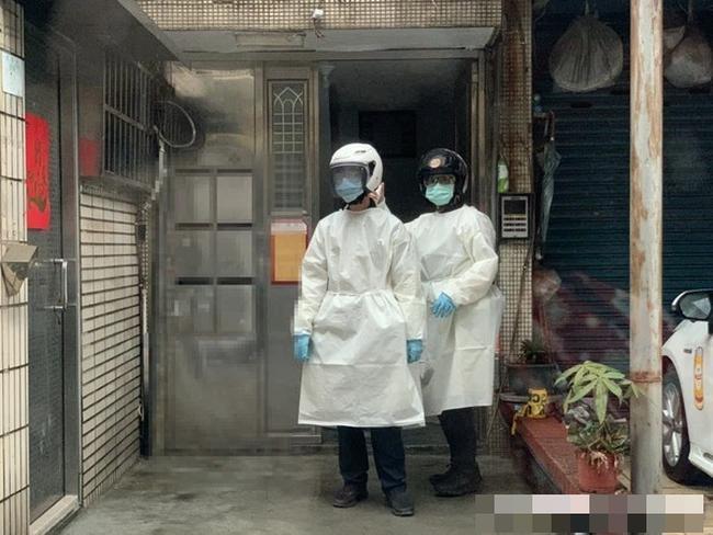 3 thi thể nằm la liệt và 1 phụ nữ thoi thóp trong căn hộ, cảnh sát điều tra đã xác nhận một bi kịch gia đình đau đớn - ảnh 1