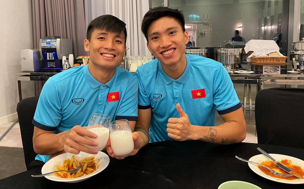 Trợ lý HLV Park Hang-seo: Indonesia đã cố tình triệt hạ Văn Hậu, chơi bóng kiểu trả thù - ảnh 1