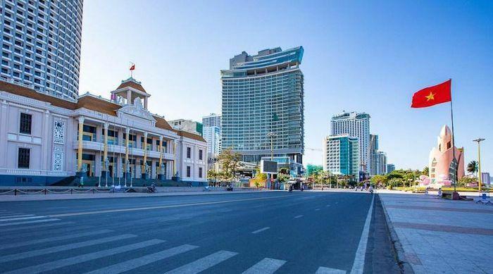 Eurasia Review: ''Việt Nam đứng vững bất chấp số ca Covid-19 tăng vọt'' - ảnh 1
