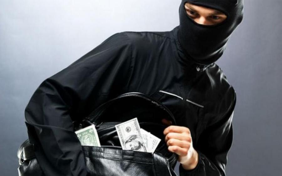 Băng nhóm chuyên cướp giật ở nhiều quận huyện TP.HCM được cầm đầu bởi thanh niên 21 tuổi