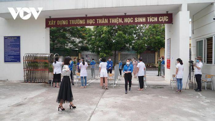 Các quận huyện có học sinh diện ''F'' tại Hà Nội gấp rút chuẩn bị cho kỳ thi vào 10 - ảnh 1