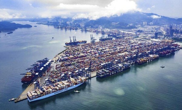 [ẢNH] Vấn đề nghiêm trọng hơn sự cố tắc Kênh đào Suez đang xảy ra tại Trung Quốc - ảnh 1
