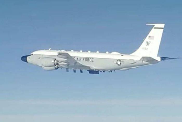 Tiêm kích Nga chạm trán máy bay do thám Mỹ trên Thái Bình Dương - ảnh 1