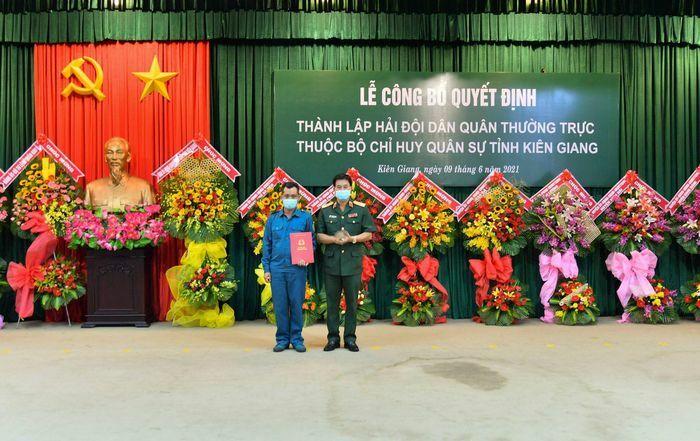 Công bố quyết định thành lập Hải đội Dân quân thường trực tỉnh Kiên Giang - ảnh 1
