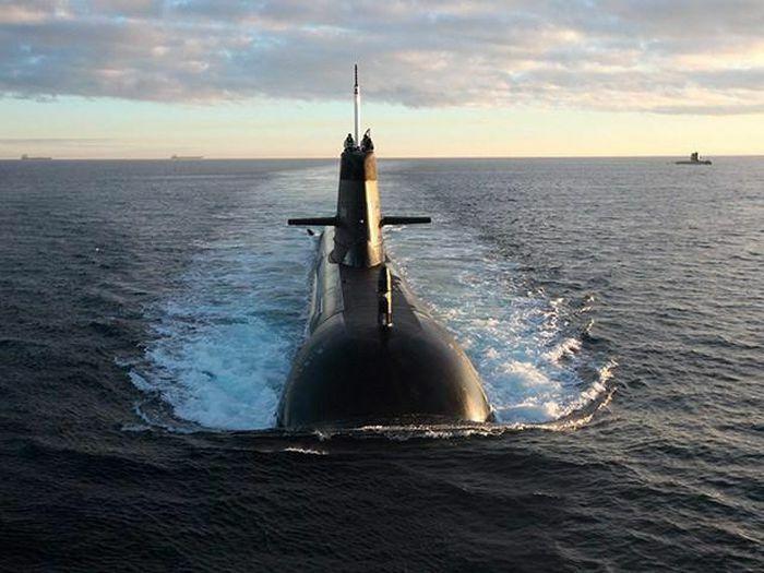 Australia chi 10 tỉ AUD đại tu tàu ngầm lớp Collins - ảnh 1