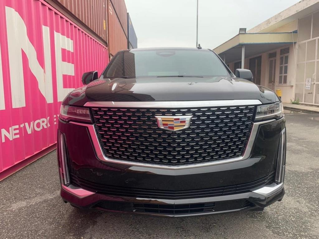 Cadillac Escalade 2021 đầu tiên về Việt Nam, giá bán chưa công bố - ảnh 1
