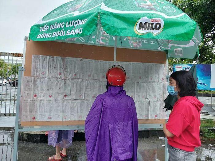 Hơn 93.000 sĩ tử bước vào kỳ thi tuyển sinh lớp 10 tại Hà Nội - ảnh 1